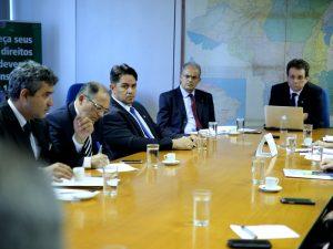 O diretor de Assuntos Aduaneiros do Sindireceita, Moises Hoyos, participou da reunião